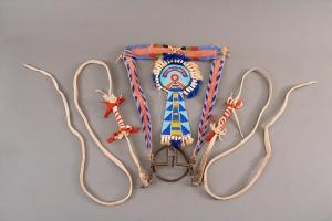 Native American Indian Crow (Plains) Bridle/Head Stall, beaded 19th century for sale purchase consign auction denver colorado museum art gallery