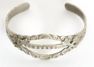 vintage old pawn navajo jewelry bracelet silver Native American Indian antique vintage art for sale purchase auction consign denver colorado art gallery museum