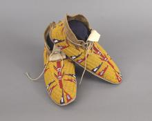Moccasins, Cheyenne, circa 1900 antique indian art for sale purchase consign auction art gallery colorado