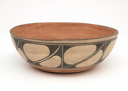 Bowl, Santo Domingo, circa 1950 Native American Indian antique vintage art for sale purchase auction consign denver colorado art gallery museum